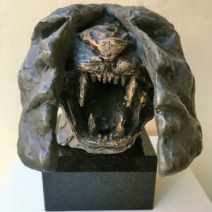 Alan-Kuczynski-Hear-me-roar---resin